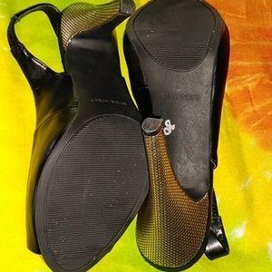 Nine West Shoes - NINE WEST BLACK PEEP TOE WITH GOLD HEELS-SIZE 7.5M